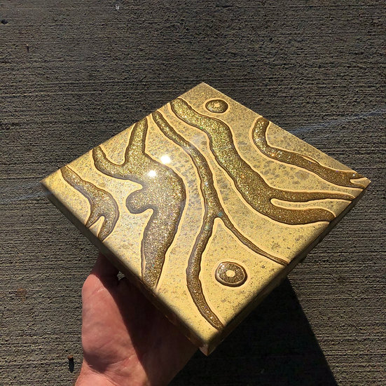 Abstract Gold mini