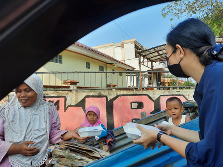 Kehidupan Indonesia with KI Friends Shared Rice Boxes