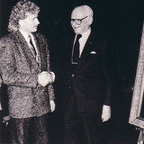 Dr. Armand Hammer congradulates Brett at the official museum unveiling of his portrait.
