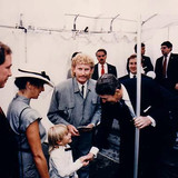 Brett, with Margot and son Stason, talks with President Reagan during the Bicentennial Monument unveiling ceremony at Independance Hall on September 17, 1987.