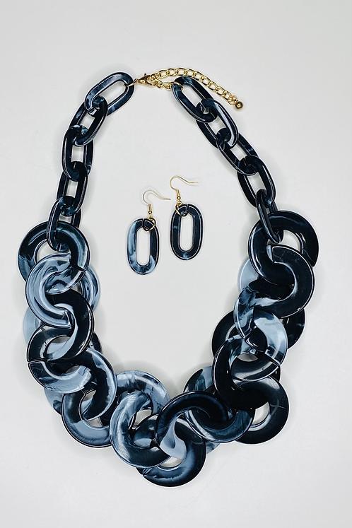Black Acrylic Resin Links Necklace