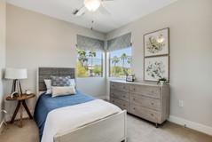 31-Bedroom.jpg