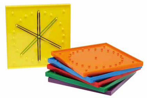 Geoboard Small includes 20 elastic bands