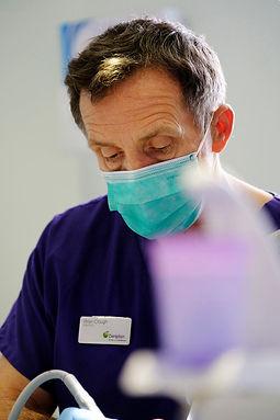 Artis_Dental_Implants_SidePic.jpg