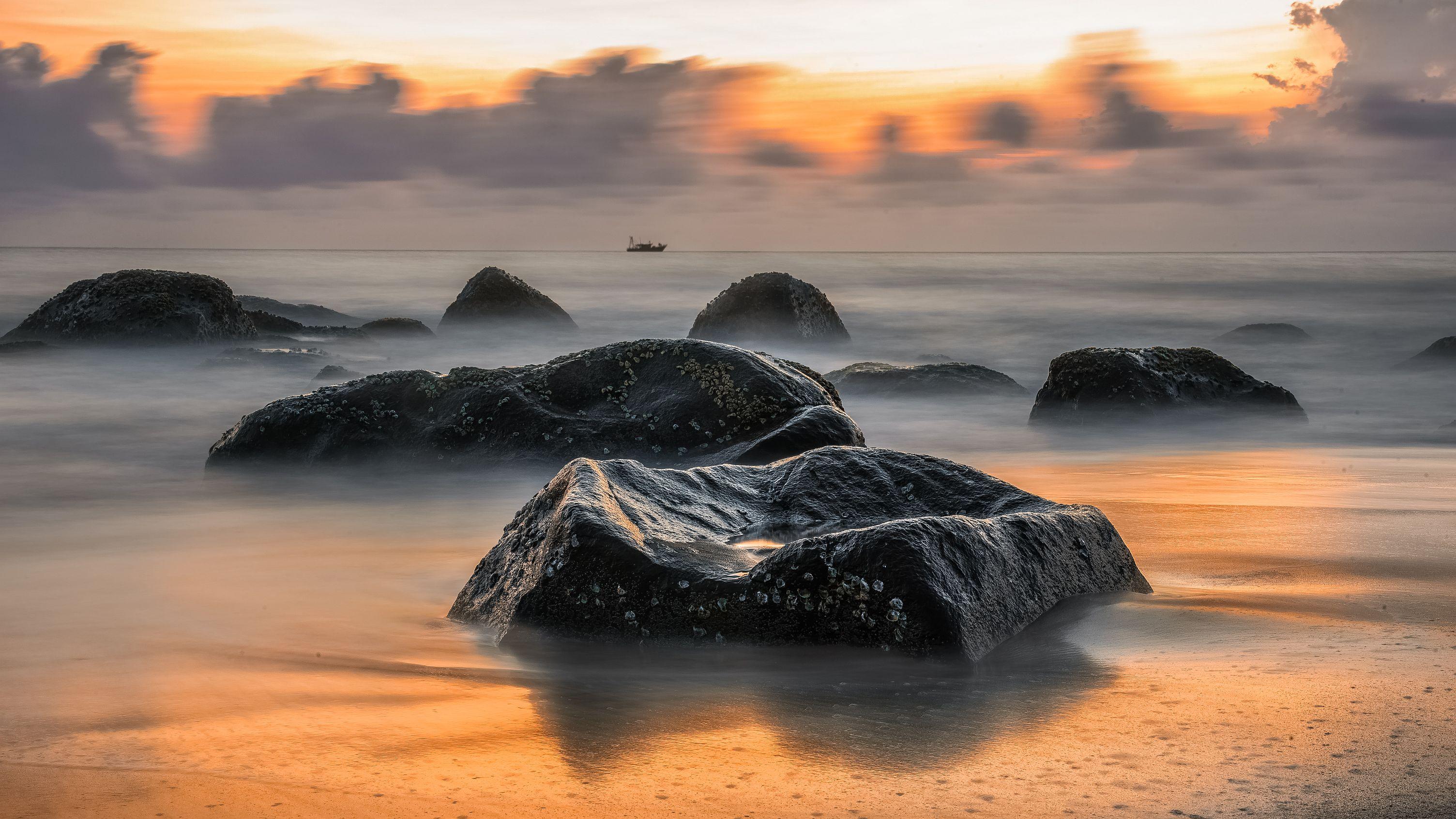 Dawn beauty of Kovalam