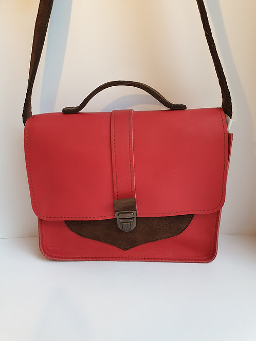 Sac besace cuir rouge /// DILBAK CREATION
