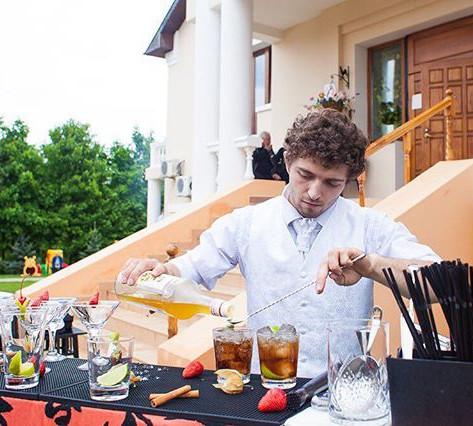 #выезднойбар #барменшоу #шоу #шоубарменов #кудрявыйбармен #тнт #стс #дом2 #коктейли