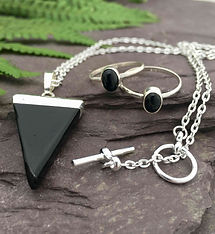 onyx-pendant-necklace-onyx-rings.jpg