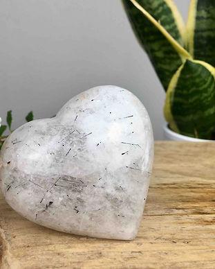 crystal-quartz-heart.jpg