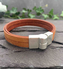 Tan leather Bracelet with magnetic clasp