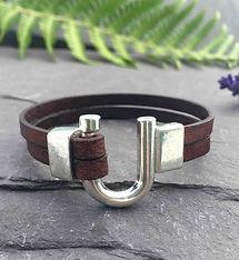 handmade-unisex-leather-bracelet-silver-horse-shoe-clasp.jpg