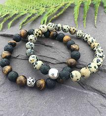 handmade-mens-bedded-bracelets.jpg