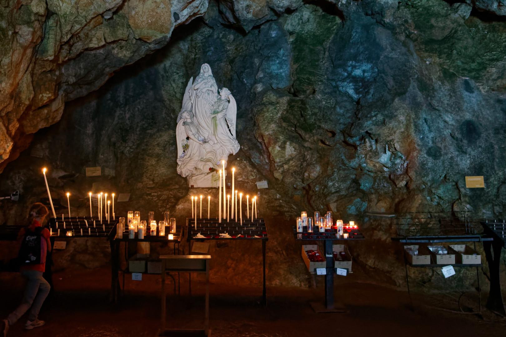 Sanctuaire_de_la_Sainte-Baume-bjs180808-