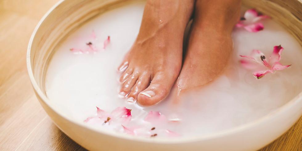 Health Day | Detox Footbaths and Handbaths, Microscopy
