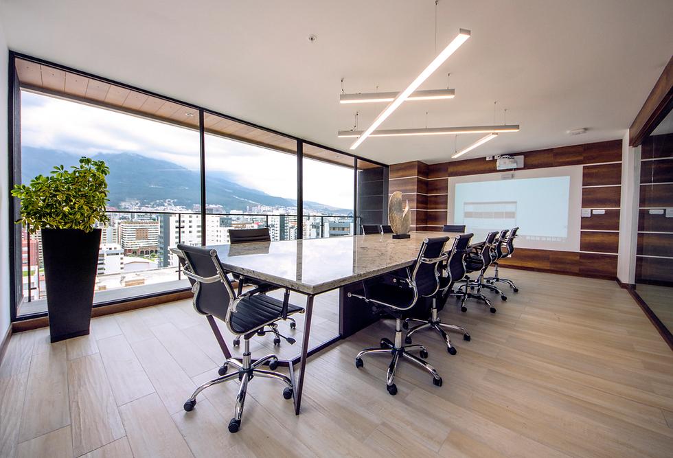 Decoración de oficinas en Quito, Guayaquil y España