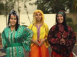 Morocco%2520Pictures%25203-girls%2520in%2520costume%2520Jeannette%2520Kravitz%252C%2520Pho