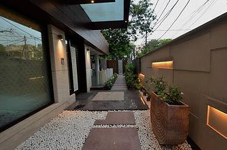 sumanjit residence (2).jpg