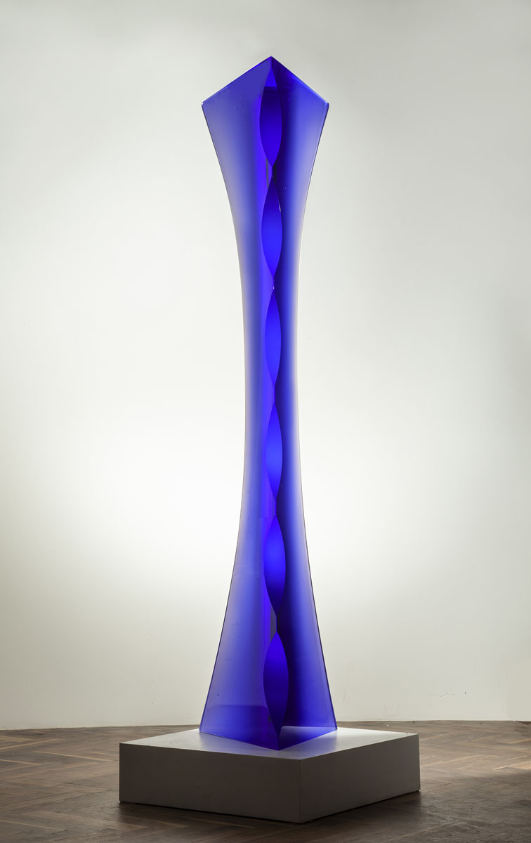 BLUE BOW 73 x 16 x 13in