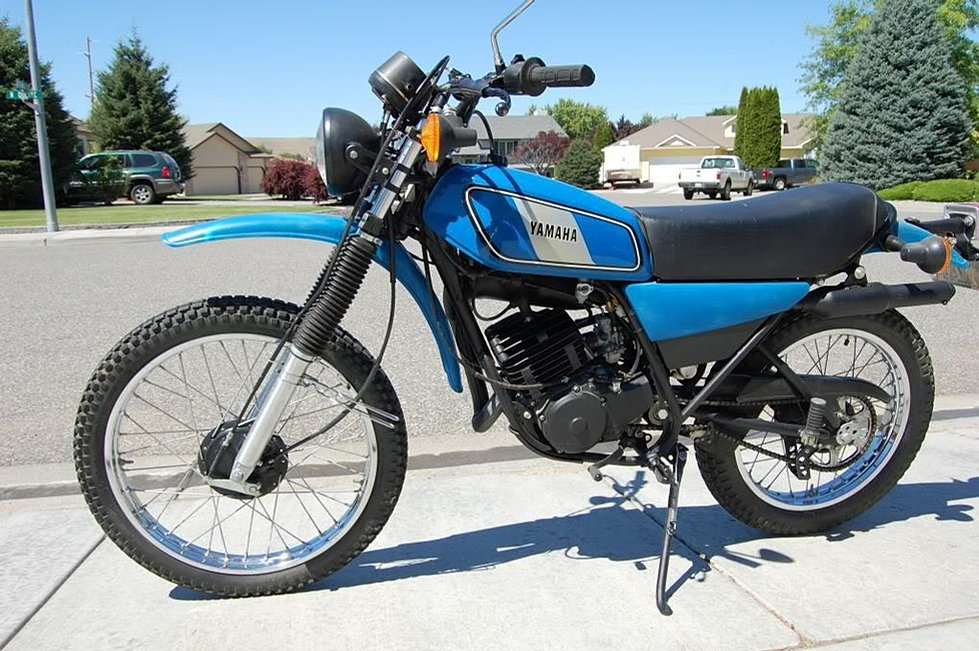 Yamaha Enduro in addition Yamaha Enduro Ht furthermore Hqdefault besides Bd A B C C Fee D as well Bfc F F Fe F C C De A   Srz. on 1973 yamaha 175 enduro