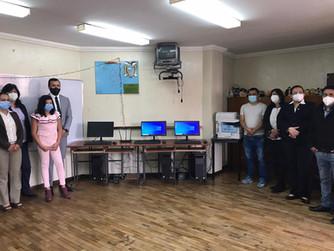 Ecuacopia entregó Aula Virtual a ganador de Excelencia Educativa