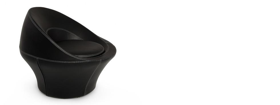 SPIRA black leather armchair
