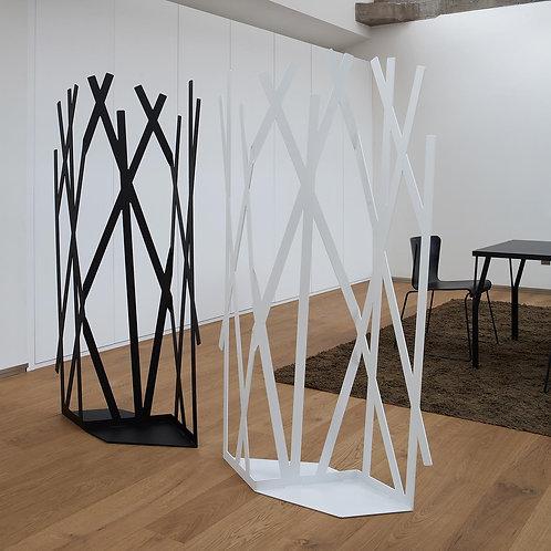 Forrest cloth-hanger