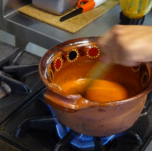 El sofrito o el inconfundible olor a hogar mexicano