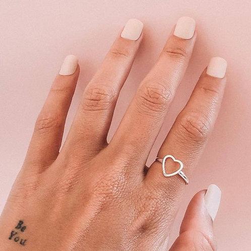 Anel Mini Coração Vazado