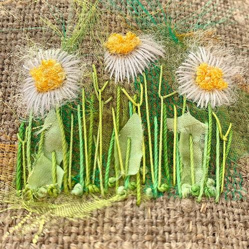 Creative Hand Embroidery Kit - Daisy Trio