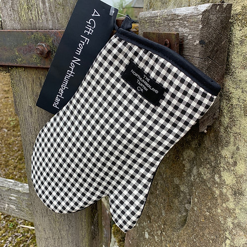 Oven Glove from The Northumbrian Tartan Co