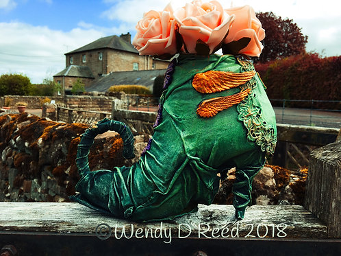 Powertex Enchanted Shoe Vase / Planter Workshop Saturday 9th October2021