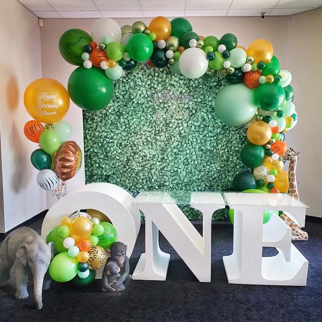 Safari Jungle Theme Balloon Garland