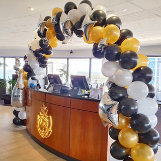 Gold, Black and White Balloon Arch