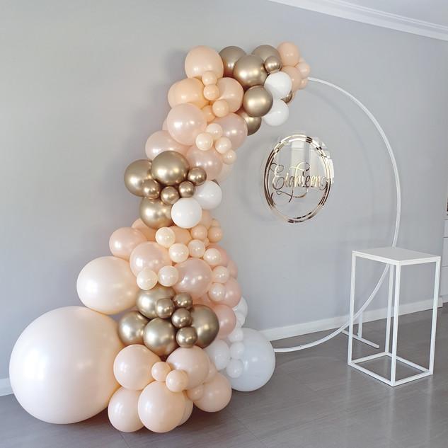 Blush and pearl Peach Balloon Garland