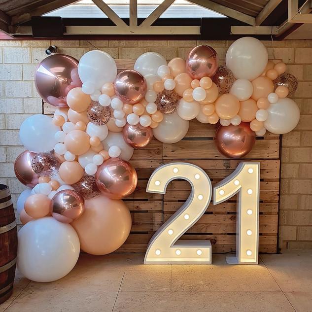 4m Blush, White and Rose Gold ORBZ balloon Garland