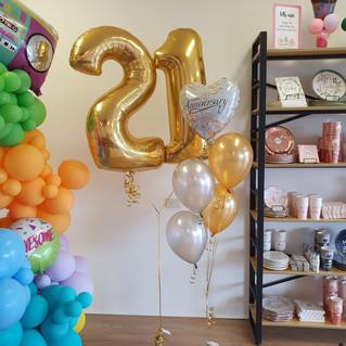 Anniversary Foil Balloon Bouquet