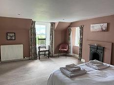 Pink bedroom.jpeg