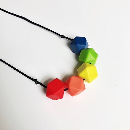 Mama Knows  - Teething Necklace (Rainbow - Hex 5)