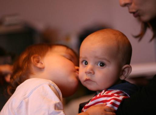 Accueillir un deuxième enfant...sans oublier le premier!
