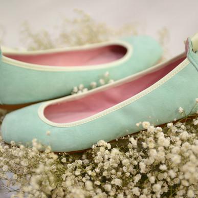 Modelo Bailarina de Punta y Cinta - Ante en Verde Agua