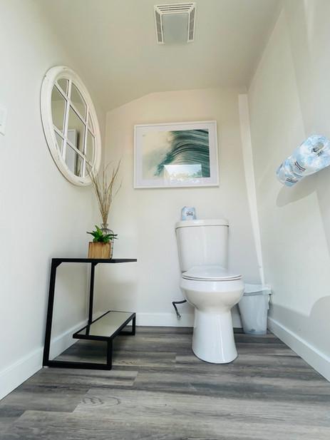 13-bathhouse3.jpg