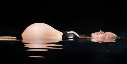 Pregnant floater.JPG