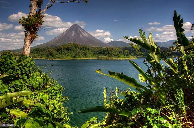 Национальный-парк-вулкан-Ареналь