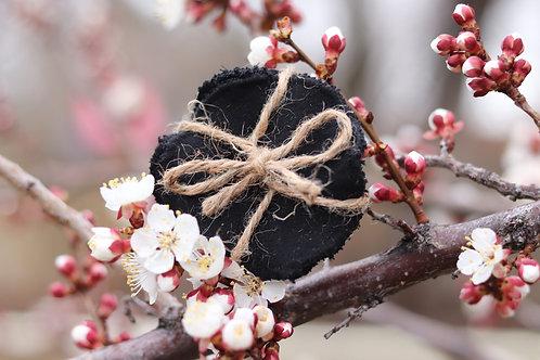 reusable cotton rounds:BLACK
