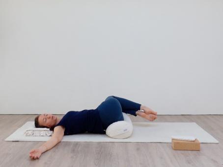 Restoratieve yoga tegen lage rugpijn