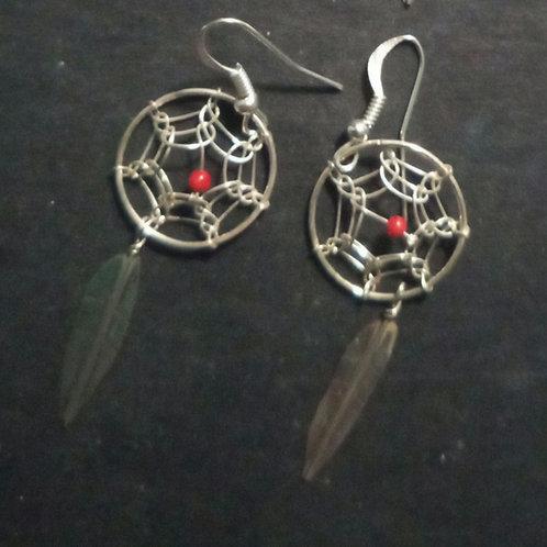 Dreamcatcher silver earrings, single, 1 feather