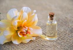 cosmetic-oil-3352166