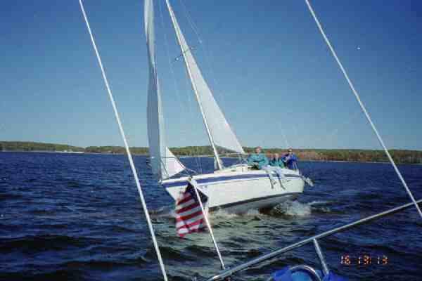 Fall_sailing_4.jpg