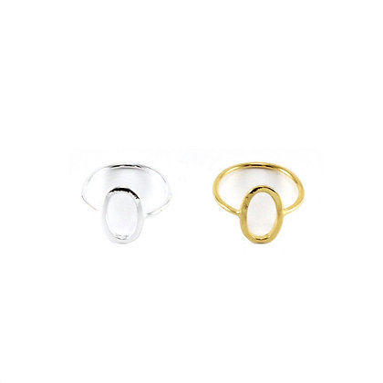 The Essential Oval Ring