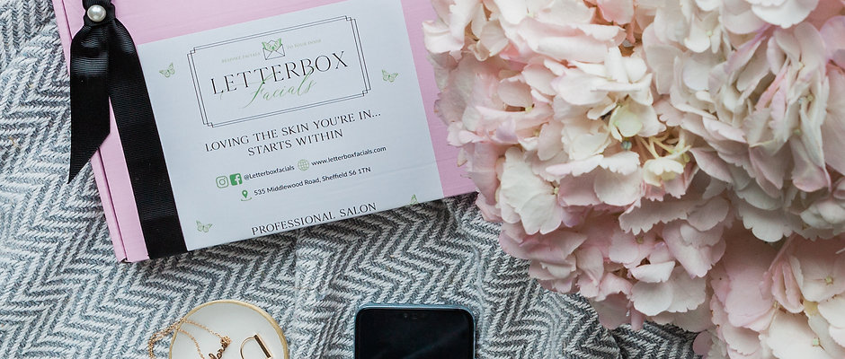 MONTHLY SUBSCRIPTION LETTERBOX FACIAL